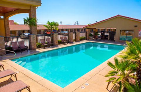 St george utah hotel best western travel inn for Affordable pools st george utah